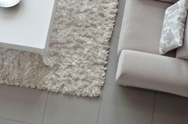 A Hand Tufted Rug Is A More Economical Option, But It Is Less Durable Than A  Hand Woven Rug. A Piece Of Canvas Is Fixed On A Wooden Frame And The Fibers  ...